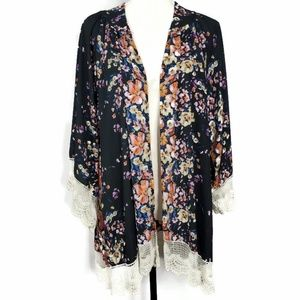 Altar'd State Sweaters - Altar'd State Floral Lace Trim Kimono